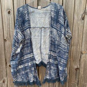 Roxy blue/white kimono. OS